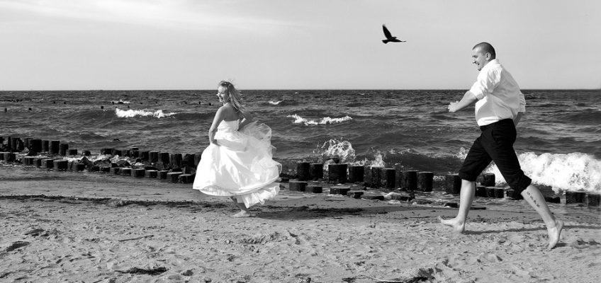 Ślubne wspomnienia w czerni i bieli