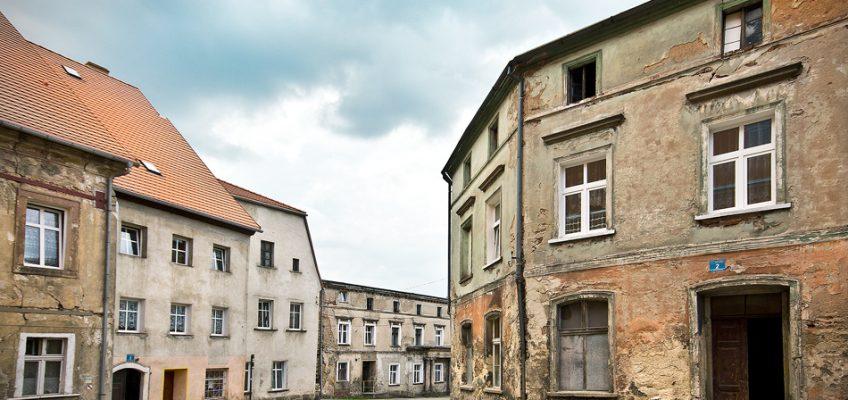Koślawy urok starych miasteczek