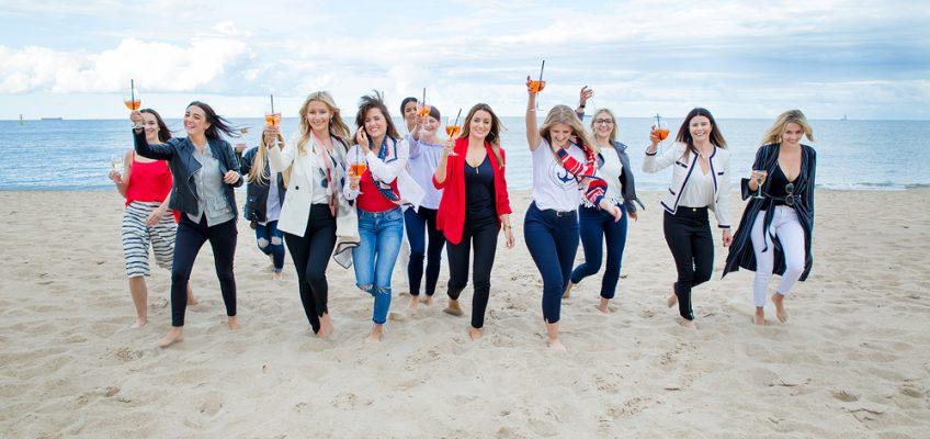 Panieńska sesja w marynistycznych barwach – Sopot plaża